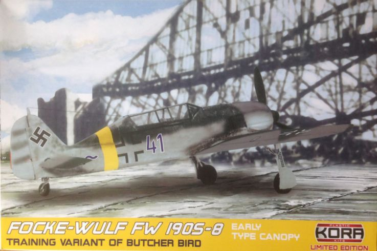 Focke-Wulf Fw-190S-8 German early canopy type